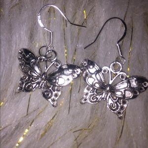925 sterling silver Beautiful butterfly earrings
